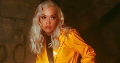 Rita Ora publikon këngën e re, por Kosova nuk e dëgjon dot (VIDEO)