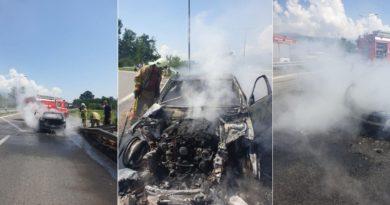 Vetura merr flakë në lëvizje në autostradën Tetovë-Shkup, nuk ka të lënduar (Foto)